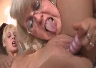 Family threesome with two blonde bombshells