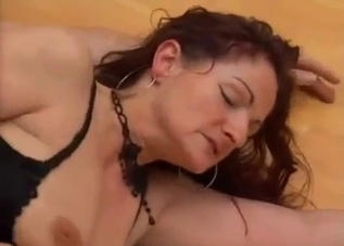 Curly hottie fucking her own favorite son