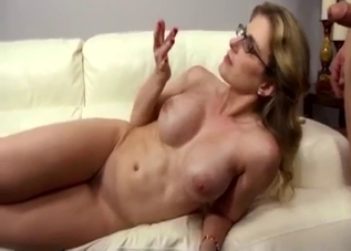 Glasses-wearing mommy gets destroyed on cam