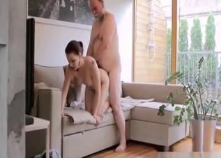 Pudgy brunette fucking her hung dad on cam